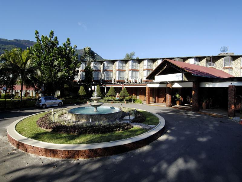 berjaya beau vallon bay resort & casino auf mahe